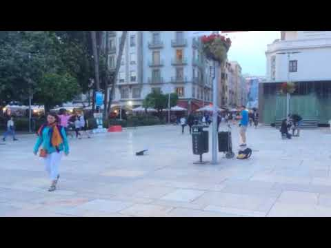 Dancing man jams with MC in Málaga historic centre (pt. 3)