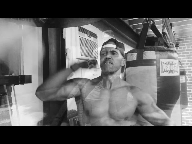 Shemar Moore Workout !!!!  This is real life!!