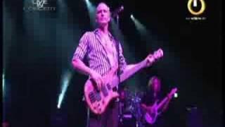 "SAGA Live 2007 ""Humble Stance"" www.sagaplanet.de"