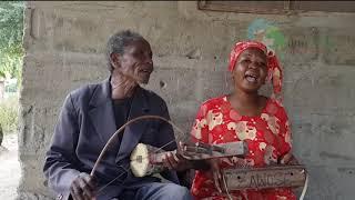 Leah Ndahani na baba yake