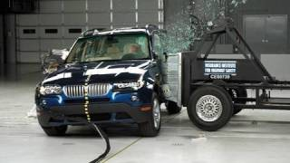 2008 BMW X3 side IIHS crash test(2008 BMW X3 31 mph side IIHS crash test Overall evaluation: Good Full rating at http://www.iihs.org/ratings/rating.aspx?id=875., 2010-08-23T15:31:34.000Z)