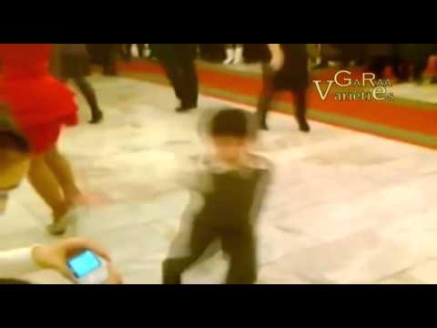 طفل صغير يتحدى راقصة مشهوره برقص thumbnail