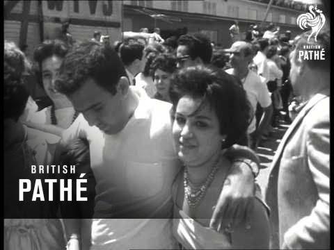 Cubans Reunited In Miami (1962)