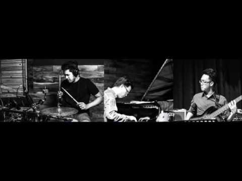 DeAntoni Original by John Thomas (Trio ft. Teriver Cheung) Live Recording at Nomad Studios