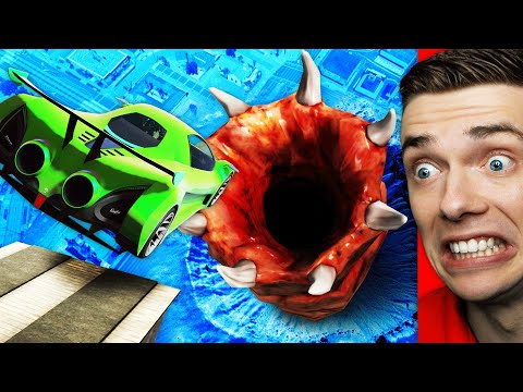 Driving Into GIANT WORM In GTA 5 (Insane) |