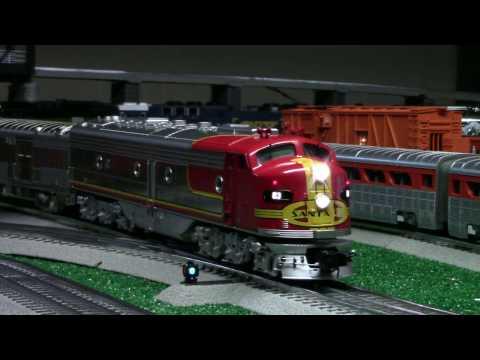 MTH Premier Santa Fe Super Chief E8 Passenger Set