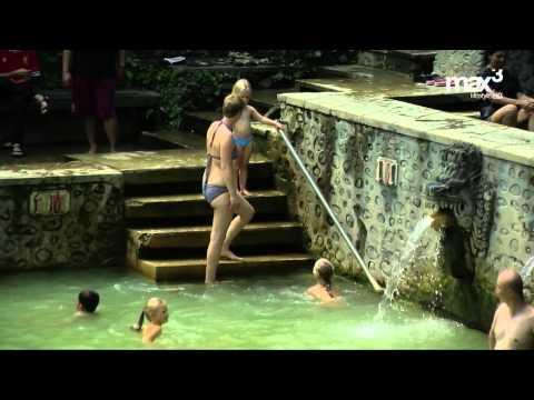 Bali AM:PM 09.1 - Holy Hot Spring, Banjar