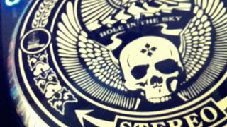 shepard fairey obey giant control vinyl review