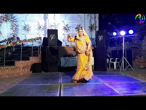Beautiful Dance On Chandani Baras Rahi | Royal Rajputi Weddings