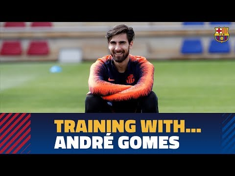Following André Gomes in training session