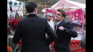 EastEnders - Jack Branning Punches Michael Moon (14th February 2011) Mp3