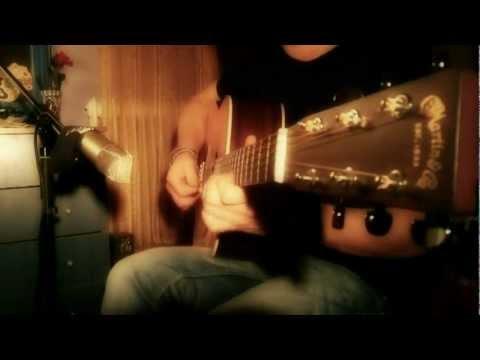 Midnight in Paris (Bistro Fada) Martin d28 Cover