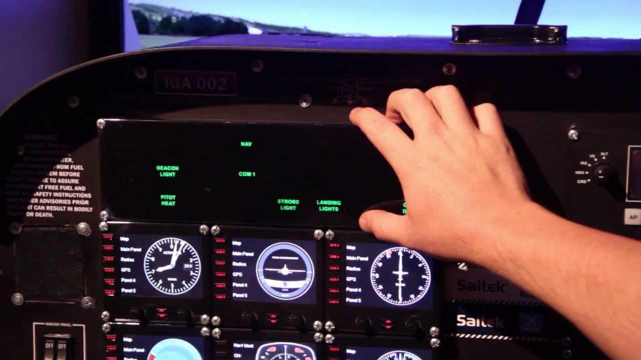 Carlos monta ez construy un simulador de vuelo en su casa for Simulador de casas 3d gratis