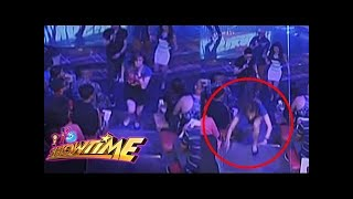 Anne Curtis tripped during It