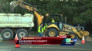 Water main break shuts down busy Sacramento Street