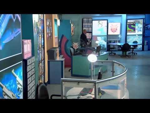 CID : Antariksh Yaan Ka Rahasya - Episode 1022 - 29th November 2013