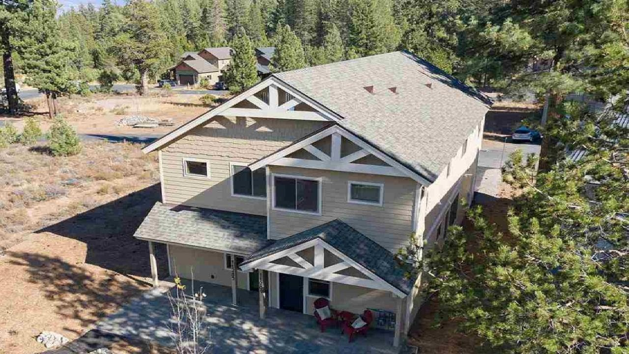11289 Wolverine Cir, Truckee, CA Presented by The Val Videgain Team.