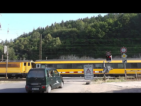 Martinacek96CLC - Czech Level Crossing (2013)