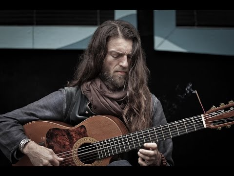 Estas Tonne, The God of guitar