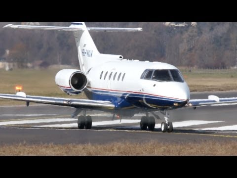 Raytheon Hawker 800 HB-VKW Take Off at Airport Bern-Belp
