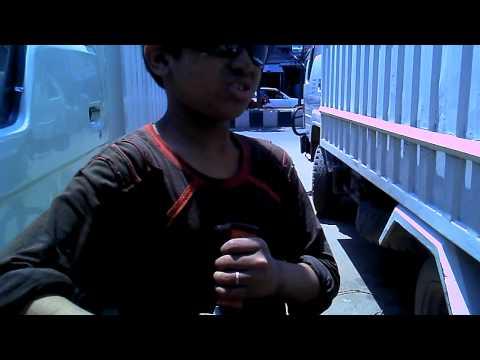 Child Labor - Most Dangerous & Risky Job!