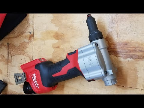 Milwaukee M12 Cordless Rivet Tool Review