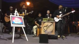 One Avenue Buskers cover - medley B...