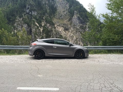 Vrsic pass route 206 Slovenia (Renault Megane RS)