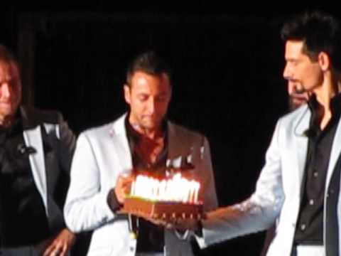 Backstreet Boys Sing Happy Birthday To Howie D