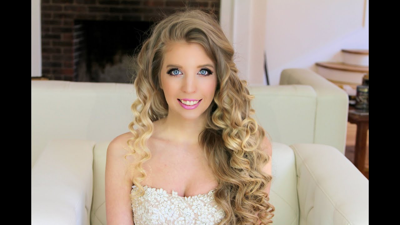 foto Simple and Chic Prom Makeup Tutorial
