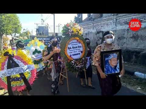 Upacara Adat Pitra Yadnya Pak Wayan Kota (ex. Kelian Desa Adat) - Banjar Jinengdalem, Penarukan.