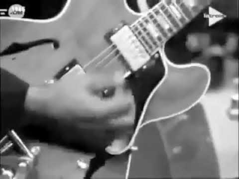 Chuck Berry - Charlie Be Good