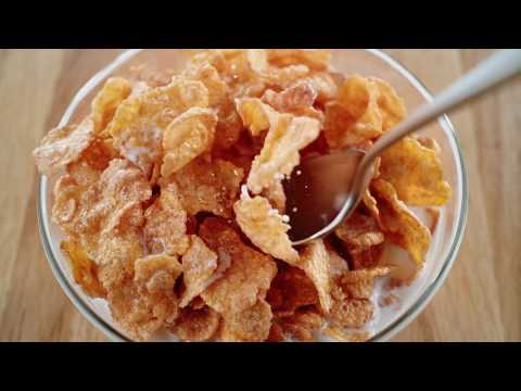 Cinnamon Frosted Flakes 15