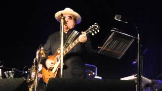 ORANGEFIELD   performed by   VAN MORRISON AT ORANGEFIELD