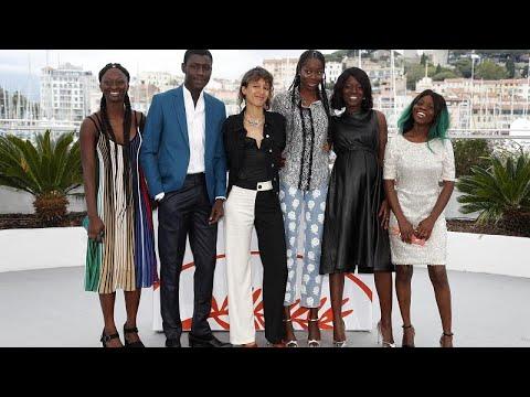 ماتي ديوب أول مخرجة من أصل إفريقي تنافس في مهرجان كان السينمائي…  - 17:54-2019 / 5 / 18