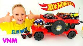 Vlad và Nikita chơi với Hot Wheels Monster Trucks