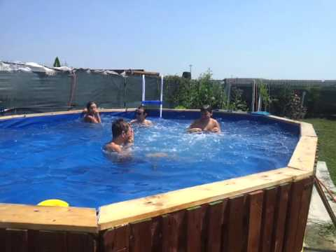 Piscina con bancali youtube - Swimmingpool aus paletten ...