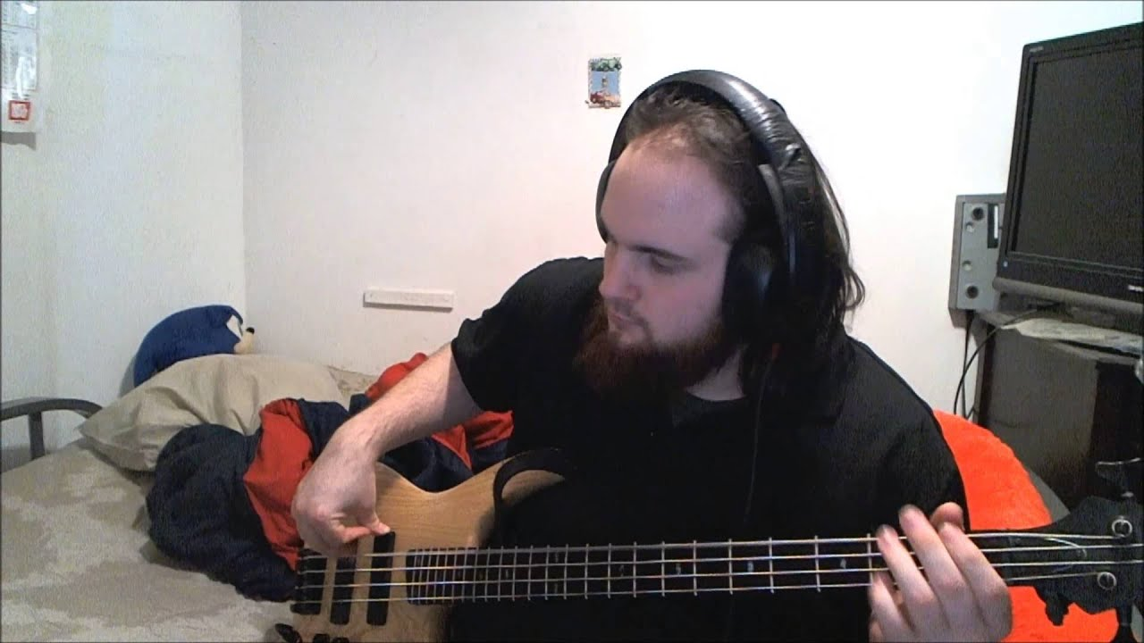 how to play bark at the moon on bass