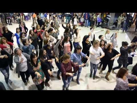 Flashmob flamenco 2017 de Escuela de Danzas Mariné.