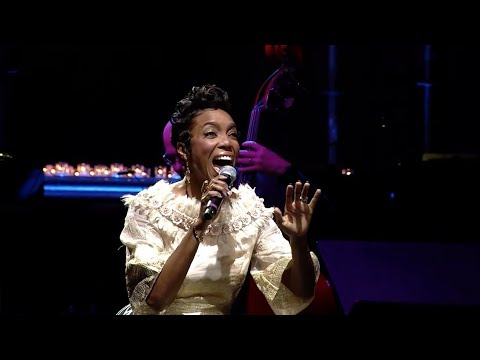 Heather Headley Performs at Elton John's 25th Annual Gala for the AIDS Foundation