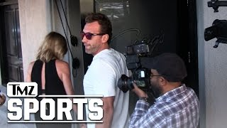 Erin Andrews and Jarret Stoll -- Date Night Out ... With Every Paparazzi Who Ever Lived | TMZ Sports