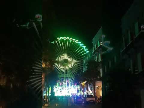 Las pruebas de luces de la Noria instalada en Vigo