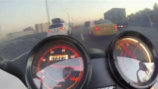 Максимальна швидкість 120 км / год в одиночці Bajaj Boxer BM150
