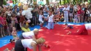 Карапузьи бега 1 июня Парк Горького Харьков 3 Tot runs June 1 Gorky Park Kharkov(, 2013-06-01T18:18:32.000Z)