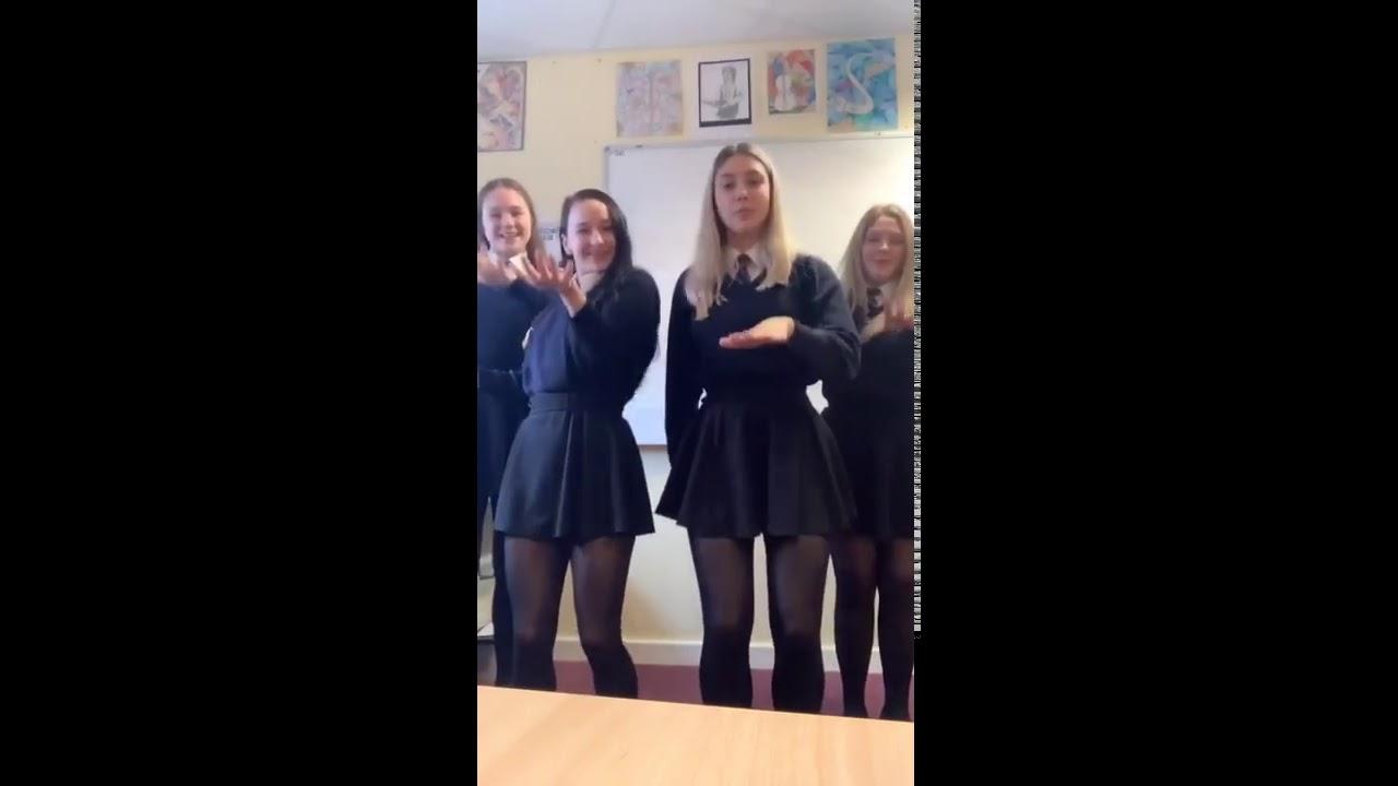 Schoolgirls in black tights - Pantyhose 92