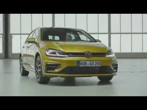2017 vw golf 8 golf 1 5 tsi r line first drive and. Black Bedroom Furniture Sets. Home Design Ideas