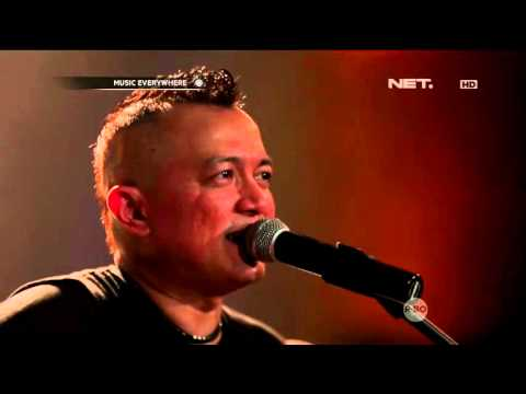 The Fly Feat. Ipang Lazuardi - Roll With It (OASIS Cover)