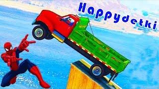 Человек паук прыгает на больших грузовиках в воду, мультики про машинки, цветные супергерои, песенки