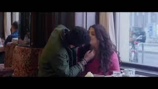 Katrina Kaif and Shahrukh Khan kissing scene