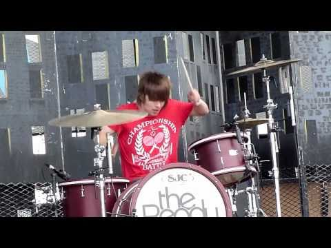 The Ready Set - Airplanes - Bamboozle 2011 (HD)